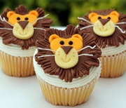 Lion-cupcakes (1)